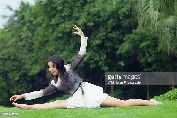 Girl splits