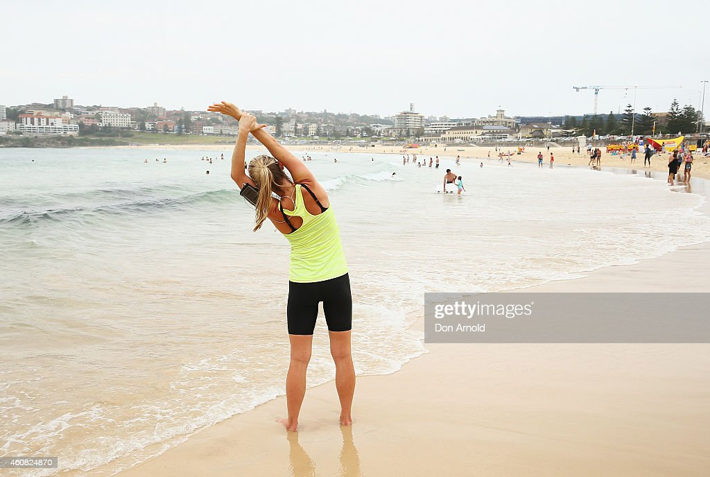 People Celebrate Christmas At Bondi Beach : News Photo