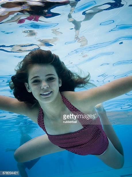teenie-bathing-beauties