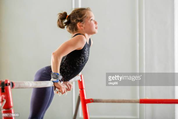 girl teenager doing sports - gymnastics stock pictures, royalty-free photos & images