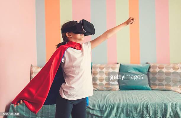 女の子 をバーチャルリアリティグラス、彼女は室内で。 - ケープ ストックフォトと画像
