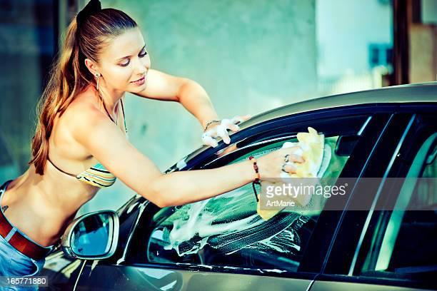 Mädchen Waschen Auto
