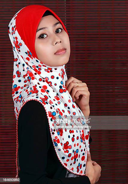 girl wearing hijab - malaysia beautiful girl stock photos and pictures