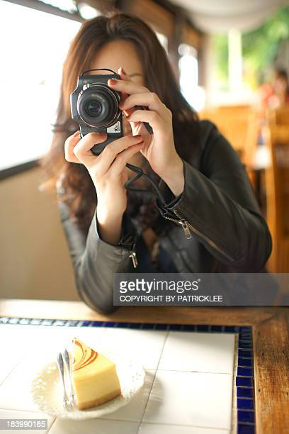 Girl who like taking pictures