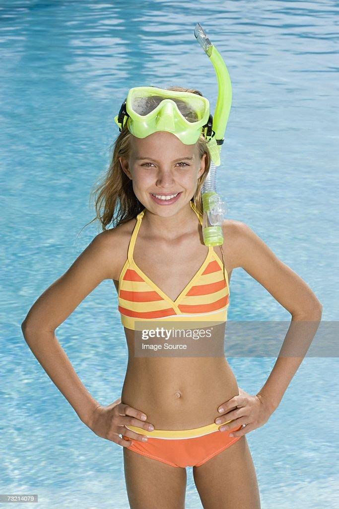 arab-movies-snorkler-bikini-gallery