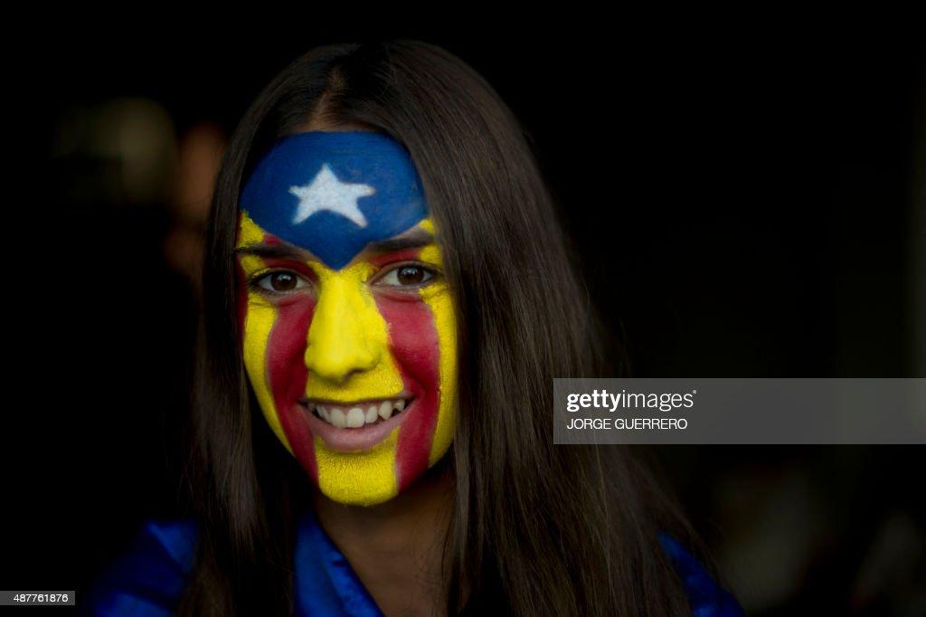 SPAIN-POLITICS-VOTE-CATALONIA-DIADA : Fotografía de noticias