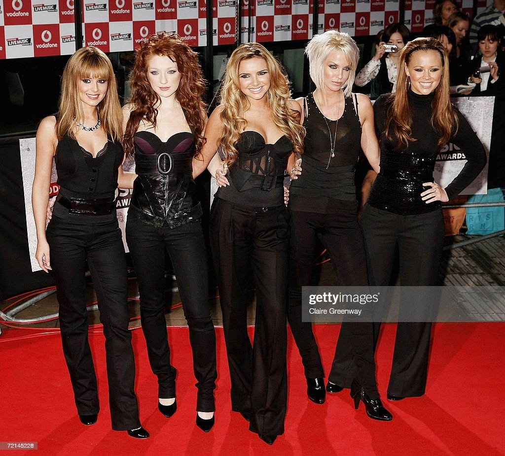Girls Aloud members (L-R) Cheryl Tweedy, Nicola Roberts, Nadine Coyle, Sarah Harding and Kimberley Walsh arrive at the Vodafone Live Music Awards at The Roundhouse on October 11, 2006 in London, England. The ceremony celebrates the best of live music performance, with fans deciding the winners via online voting.
