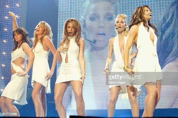 Girls Aloud perform on stage at the Smash Hits T4 Poll Winners Party 2004 at Wembley Arena on November 21 2004 in London Readers of the teen magazine...