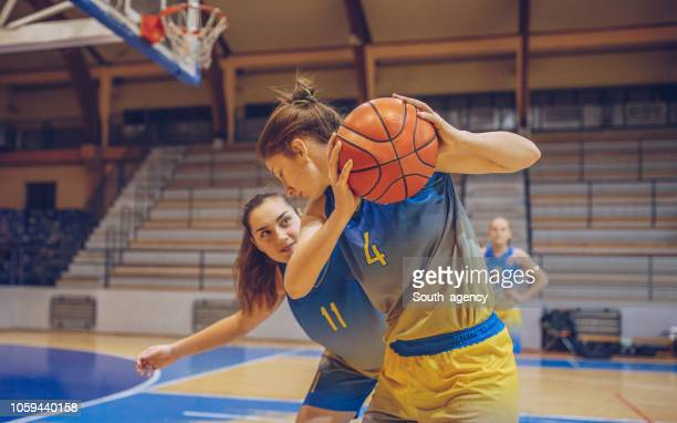 Girls basketball duel