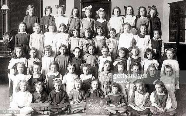 Girls' class photograph in primary school, circa 1910.