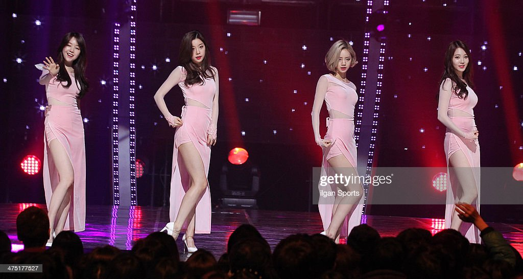 Girls Day perform onstage during the Mnet 'M Count Down' at CJ E&M Center on February 13, 2014 in Seoul, South Korea.