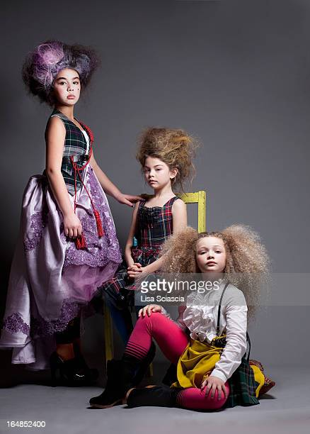 girls dressed up in marie antoinette style - marie antoinette photos et images de collection