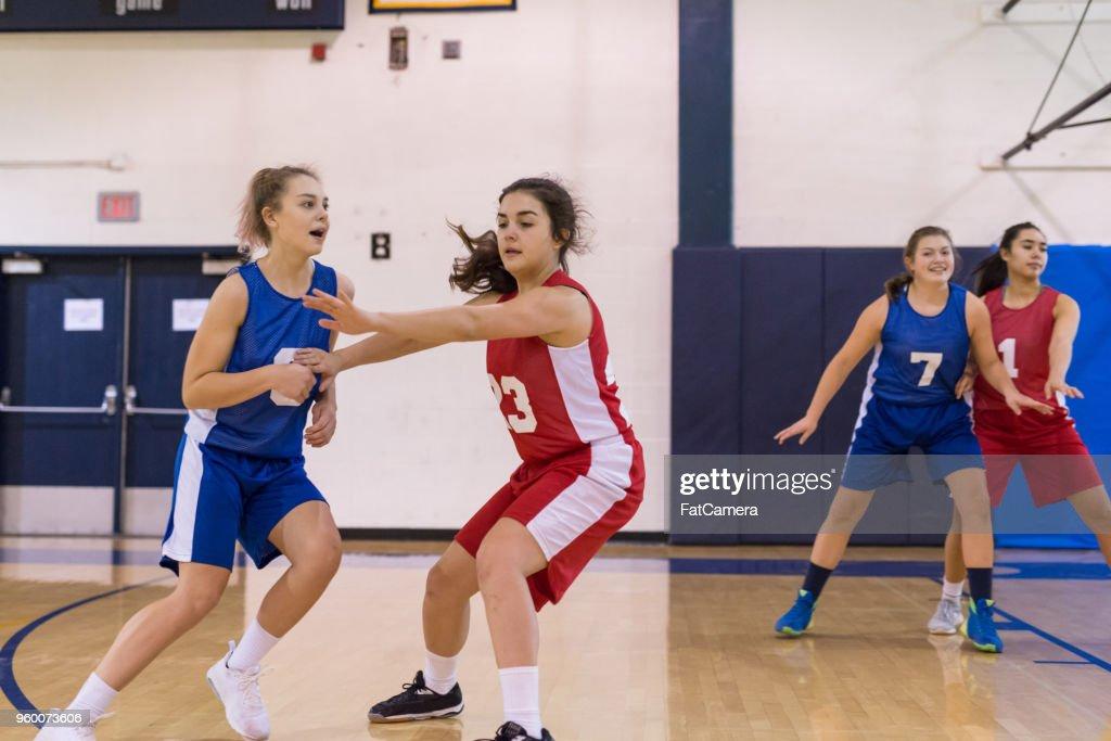 High School Basketballspiel für Mädchen : Stock-Foto