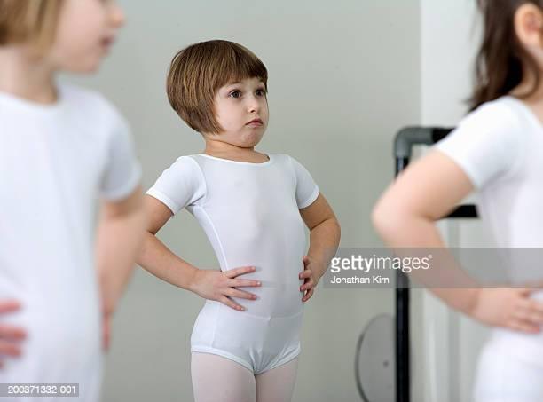 Girls (4-6) in ballet class