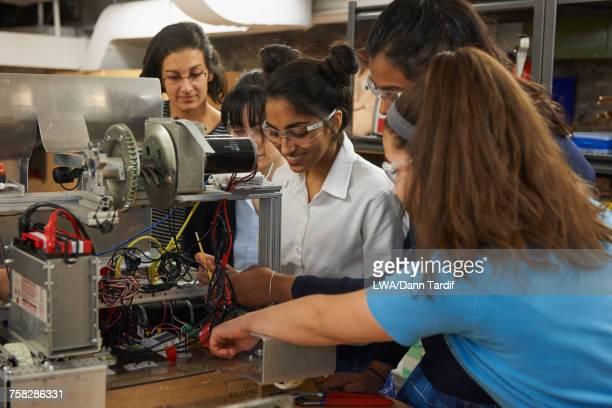 Girls in school learning engineering