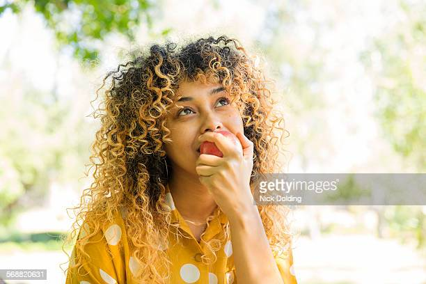 girls lifestyle 19 - snack stock pictures, royalty-free photos & images