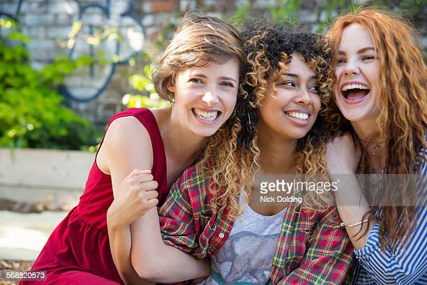 girls lifestyle 44 - small group of people stock pictures, royalty-free photos & images