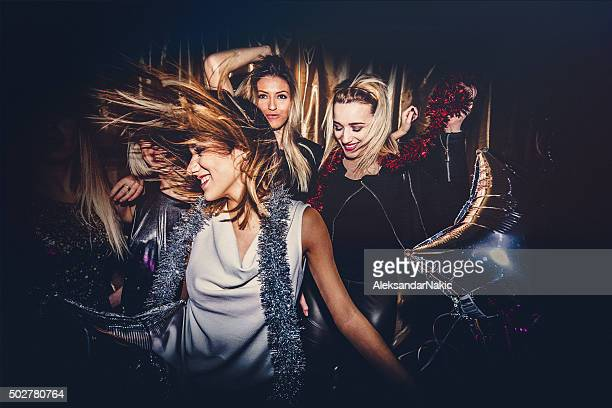 girls night out - dancing stockfoto's en -beelden
