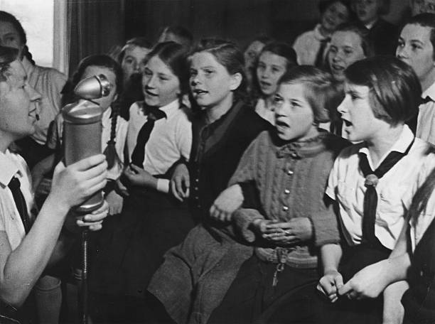 Germany third reich the league of german girls pictures getty germany third reich the league of german girls voltagebd Image collections