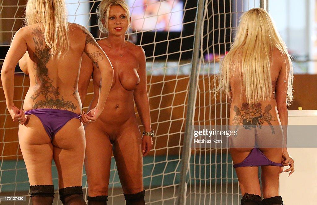 Deutsche Frauen Soccer Team Nude