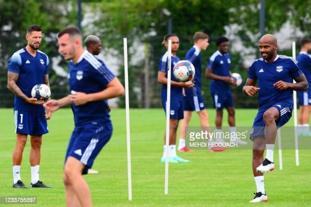 Girodins de Bordeaux's teammates take part in a training session in Le Haillan, near Bordeaux, southwestern France, on July 1, 2021.