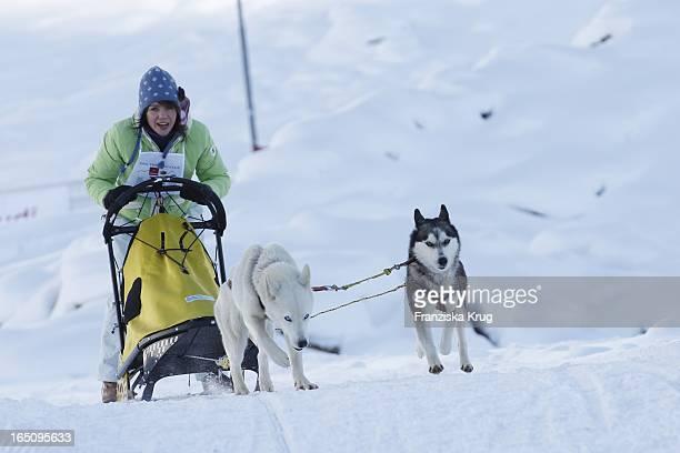 Gisa Zach Beim 2 Promi Schlittenhunderennen Tirol Cross Mountain In Kühtai