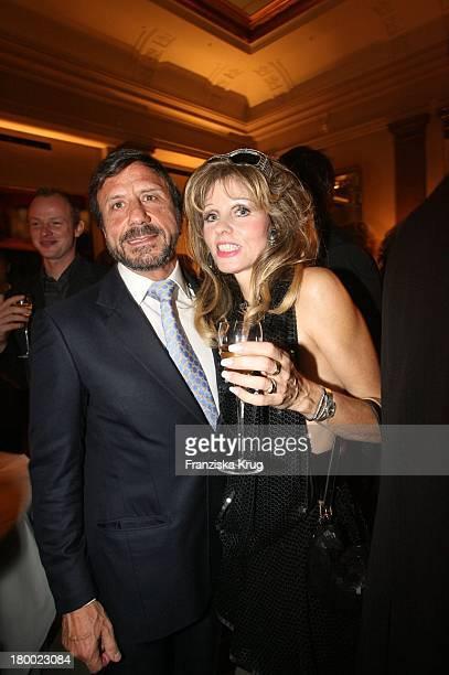 Gisela Muth Und Sir Rocco Forte Bei Der Eröffnung Des Hotel De Rome In Berlin