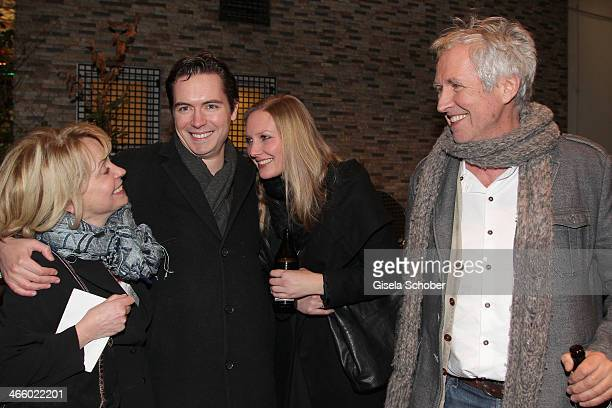 Gisela Schneeberger, her son Philipp Schneeberger with his wife Martina and Hanns Christian Mueller attend the premiere of the film 'Und Aektschn' at...