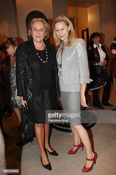 Gisela Von Schenk Und MarieLouise Berg Beim Rena Lange Ladies Lunch Im Hotel De Rome In Berlin