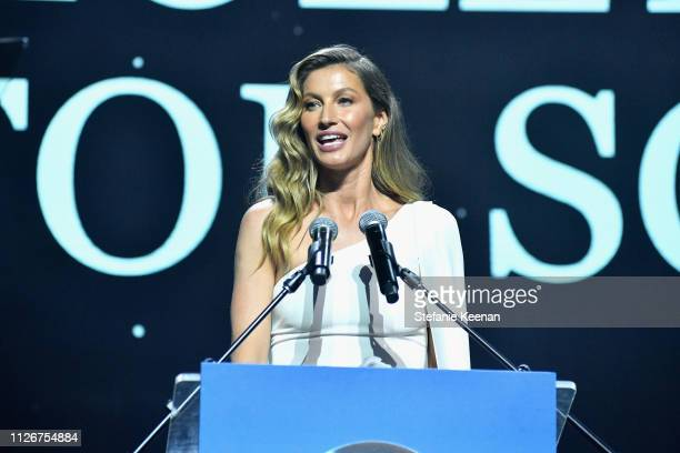 Gisele Bündchen accepts her award onstage during the UCLA IoES honors Barbra Streisand and Gisele Bundchen at the 2019 Hollywood for Science Gala on...