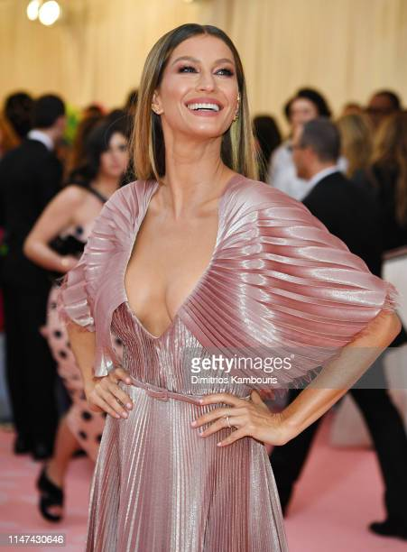 Gisele Bündchen attends The 2019 Met Gala Celebrating Camp: Notes on Fashion at Metropolitan Museum of Art on May 06, 2019 in New York City.