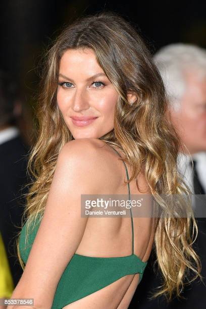 Gisele Bndchen attends the Green Carpet Fashion Awards Italia 2017 during Milan Fashion Week Spring/Summer 2018 on September 24 2017 in Milan Italy