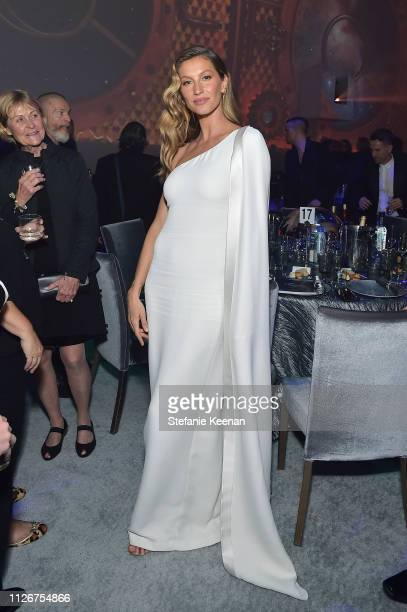 Gisele Bündchen attends the UCLA IoES honors Barbra Streisand and Gisele Bundchen at the 2019 Hollywood for Science Gala on February 21 2019 in...