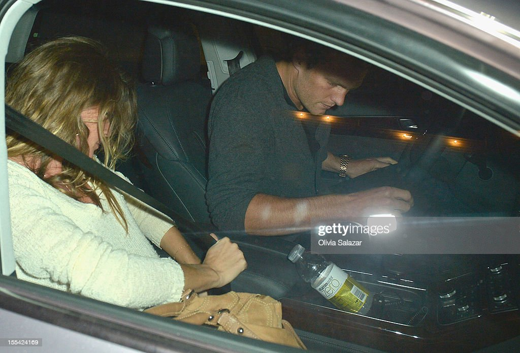 Gisele Bundchen and Tom Brady leaves at Prime 112 Steakhouse on November 3, 2012 in Miami Beach, Florida.