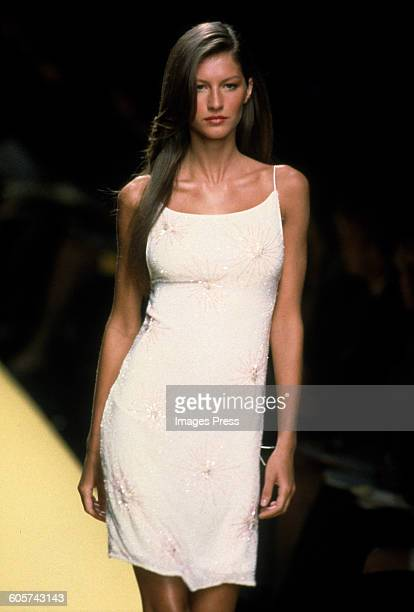 Gisele Bundchen at the Ellen Tracy Spring 2000 show circa 1999 in New York City