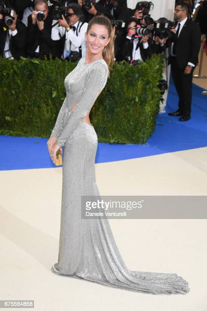 "Gisele Bundchen attends ""Rei Kawakubo/Comme des Garcons: Art Of The In-Between"" Costume Institute Gala - Arrivals at Metropolitan Museum of Art on..."