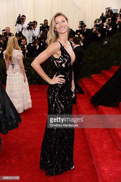 Gisele Bundchen attends the Charles James Beyond Fashion Costume Institute Gala at the Metropolitan Museum of Art on May 5 2014 in New York City