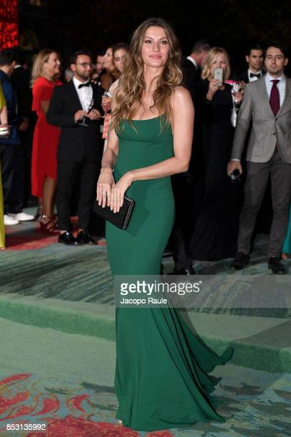 Gisele Bundchen attends the Green Carpet Fashion Awards Italia 2017 during Milan Fashion Week Spring/Summer 2018 on September 24 2017 in Milan Italy