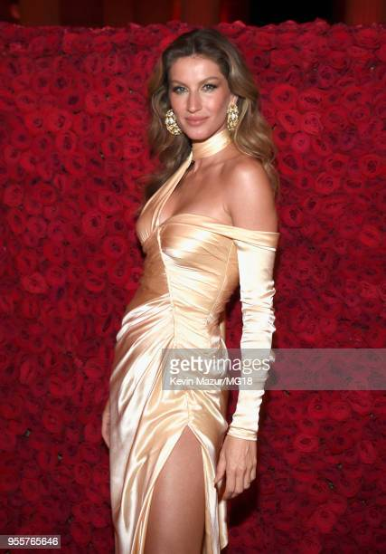Gisele Bundchen attends the Heavenly Bodies Fashion The Catholic Imagination Costume Institute Gala at The Metropolitan Museum of Art on May 7 2018...