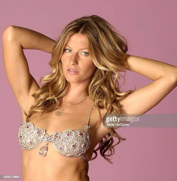 Gisele Bundchen during Behind the Scenes at the Victoria's Secret 2005 Splendor Fantasy Bra Photo Shoot at Pier 59 Chelsea Piers in New York City New...