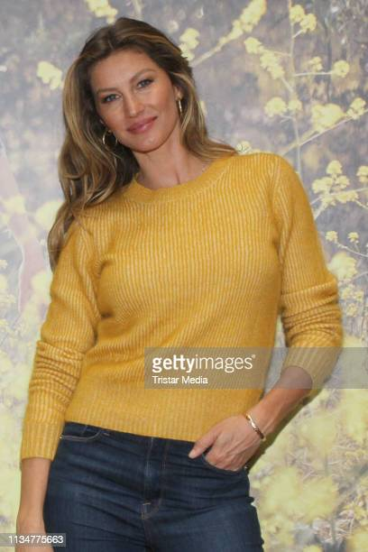 Gisele Bundchen during her visit of Thalia Book Store on April 3 2019 in Hamburg Germany