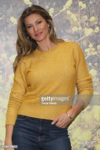 Gisele Bundchen during her visit of Thalia Book Store on April 3, 2019 in Hamburg, Germany.