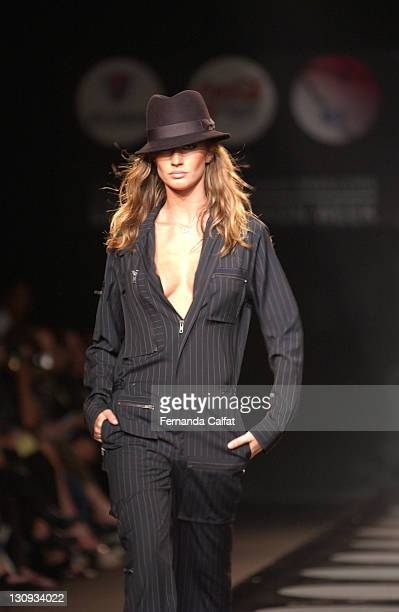 Gisele Bundchen during Sao Paulo Fashion Week Fall 2003 Ricardo Almeida at Bienal Parque do Ibirapuera in Sao Paulo SP Brazil