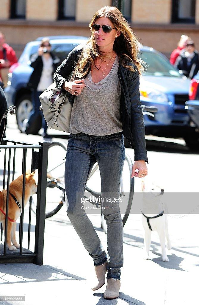 Gisele Bundchen & Tom Brady Sighting In New York City - April 14, 2013 : News Photo
