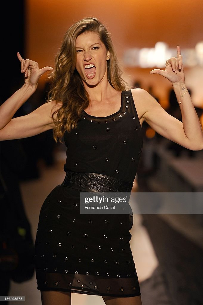 Gisele Bundchen rehearses on the runway during Colcci show at Sao Paulo Fashion Week Winter 2014 on October 31, 2013 in Sao Paulo, Brazil.