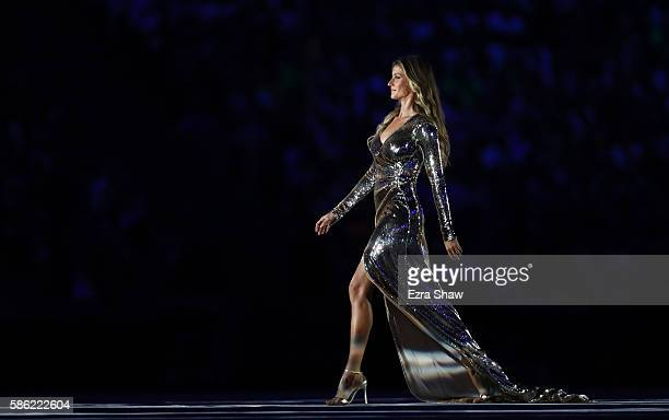 Gisele Bundchen walks on the stage during the Opening Ceremony of the Rio 2016 Olympic Games at Maracana Stadium on August 5, 2016 in Rio de Janeiro,...