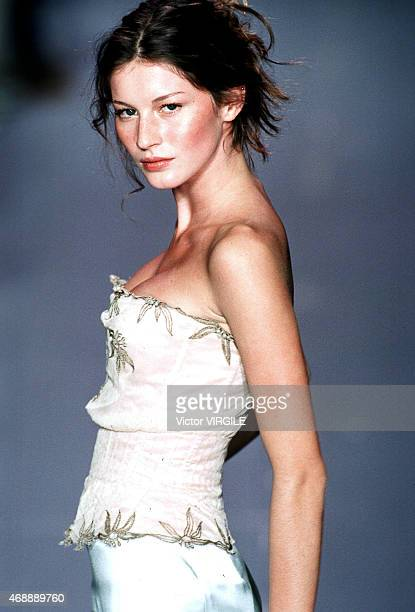 Gisele Bundchen walks the runway at the Chloe show as part of Paris Fashion Week Ready to Wear Spring/Summer 1999 1998 in Paris France