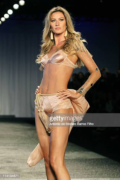 Gisele Bundchen walks the runway during the 'Hope' Valentine Day Special Collection Launch Fashion Show on May 12 2011 in Sao Paulo Brazil