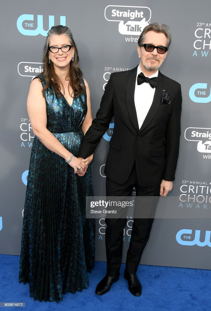 Gisele Schmidt (L) and actor Gary Oldman attend The 23rd Annual Critics' Choice Awards at Barker Hangar on January 11, 2018 in Santa Monica, California.