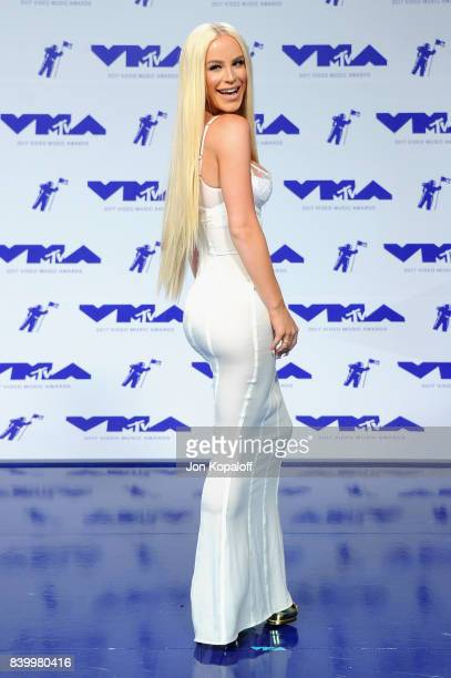 Giselle Loren Lazzarato attends the 2017 MTV Video Music Awards at The Forum on August 27 2017 in Inglewood California